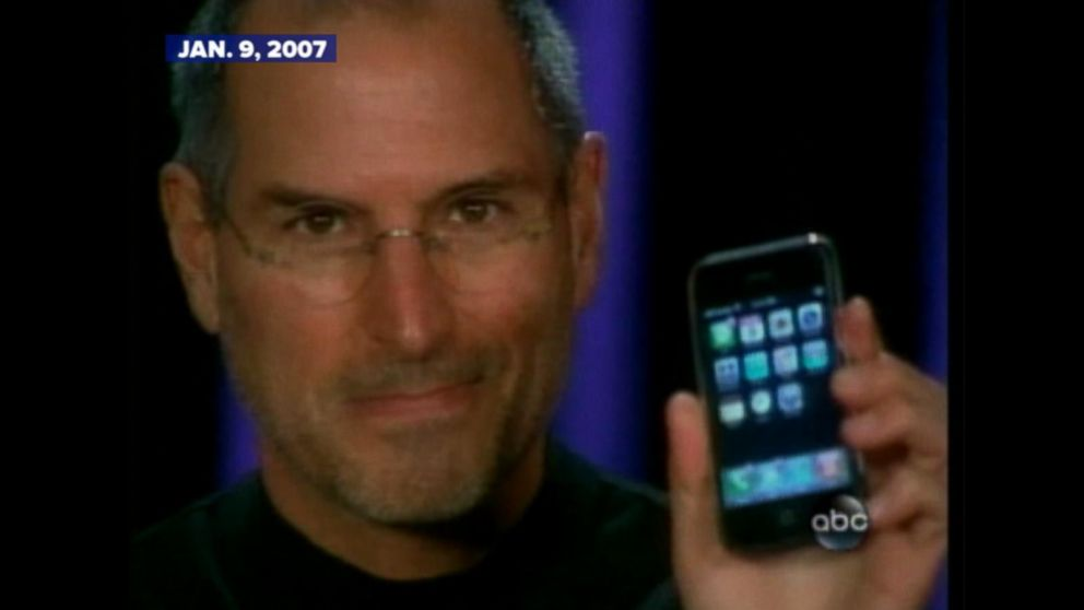 Steve Jobs Introduces Apples 1st IPhone In 2007
