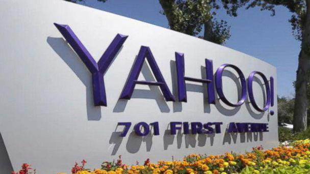 Yahoo shareholders approve sale to Verizon