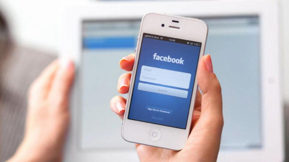 Facebook launches new digital currency