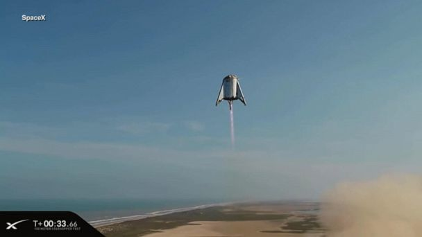 SpaceX's 'Starhopper' completes a minute-long test flight