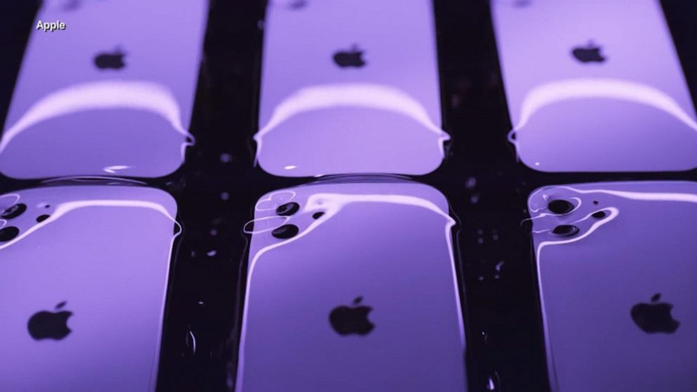 Apple reports record profits due to iPhone sales