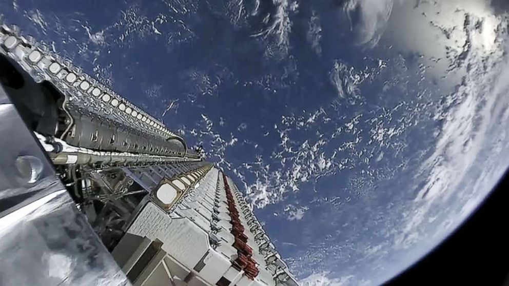 SpaceX starten 60 Satelliten in der mission zu bringen internet in die Welt