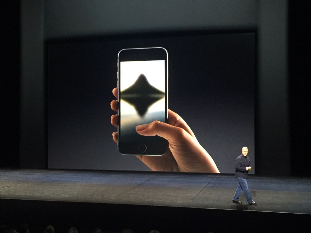 PHOTO: Apple unveils the new iPhone 6S and 6S Plus at the live Apple Event in San Francisco, Sept. 9, 2015.