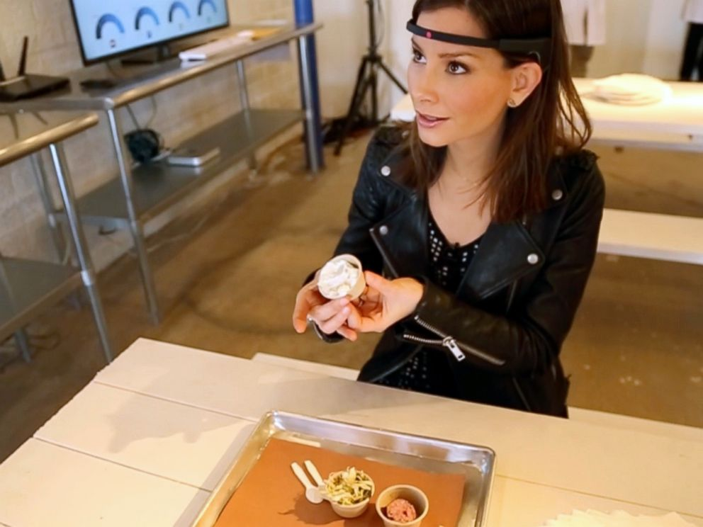 PHOTO: ABC News Rebecca Jarvis tests out how her brain reacts to barbecue at SXSW in Austin, Texas.
