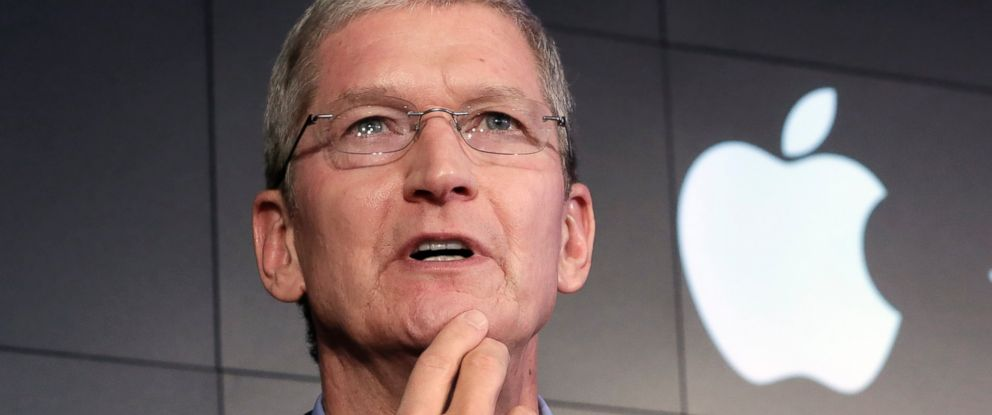 PHOTO: In this April 30, 2015 file photo, Apple CEO Tim Cook responds to a question during a news conference at IBM Watson headquarters, in New York.