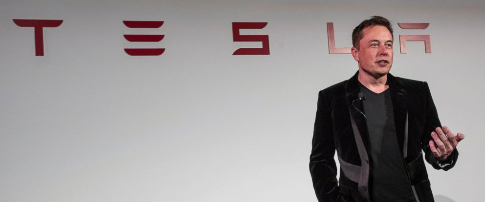 PHOTO: Elon Musk, chairman and chief executive officer of Tesla Motors Inc., speaks during a news conference prior to unveiling the Model X sport utility vehicle (SUV) during an event in Fremont, Calif., on Sept. 29, 2015.