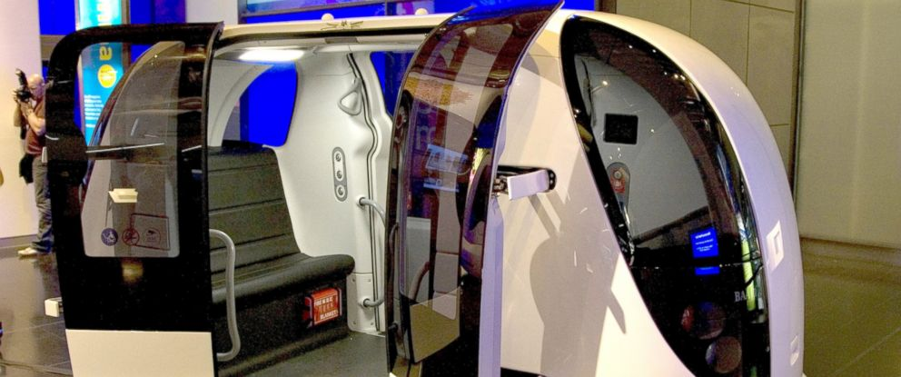 PHOTO: A driverless car called The Pod Car is part of a fleet currently being tested at Heathrow airport on Aug. 11, 2009 in London.