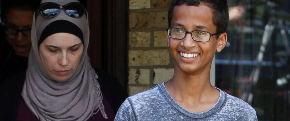 PHOTO: Ahmed Mohamed, followed by his family, leaves his home to attend a press conference, Sept. 16, 2015, in Irving, Texas.