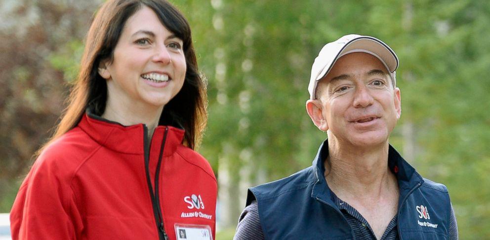 PHOTO: Jeff Bezos and his wife Mackenzie Bezos