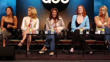 PHOTO: Eva Longoria, Felicity Huffman, Teri Hatcher, Marcia Cross and Nicollette Sheridan are the main characters in Desperate Housewives.
