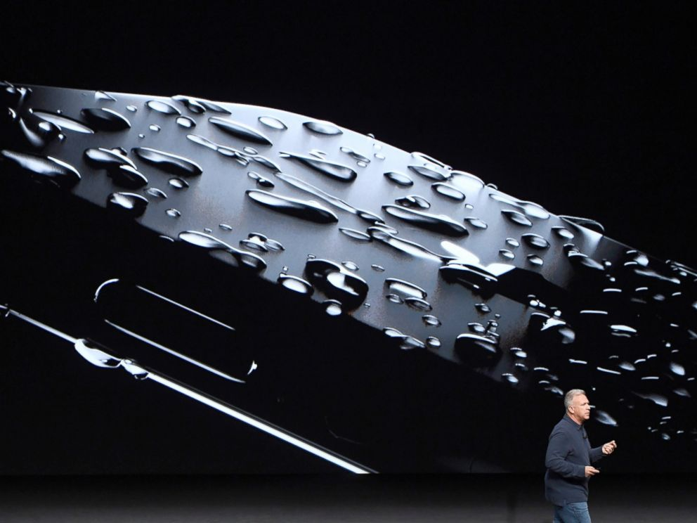 PHOTO: Philip Phil Schiller, senior vice president of worldwide marketing at Apple Inc., unveils the new iPhone 7 during an event in San Francisco, Sept. 7, 2016.