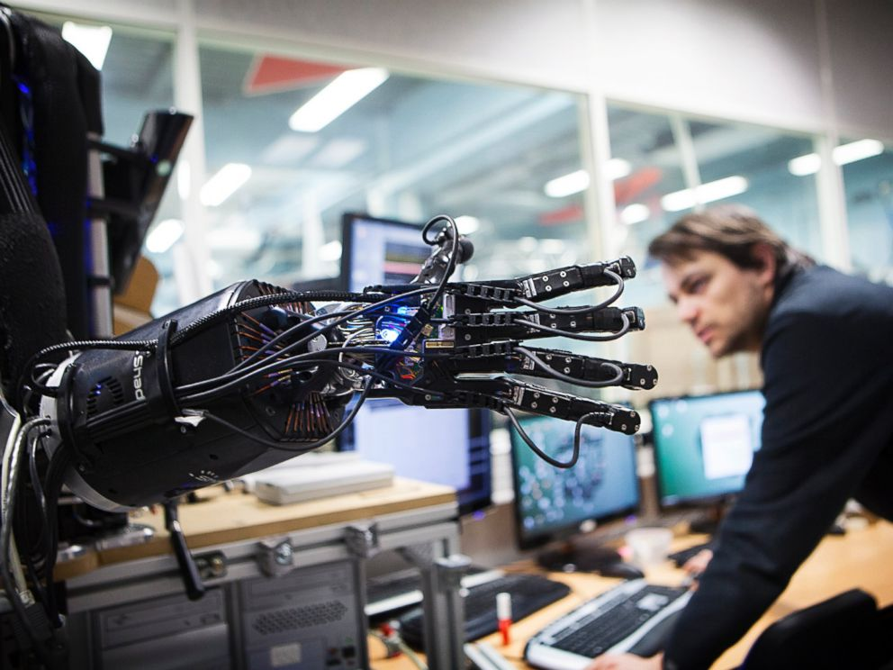 PHOTO: Reportage at ISIR (Institute of Robotics and Intelligent Systems) in Paris
