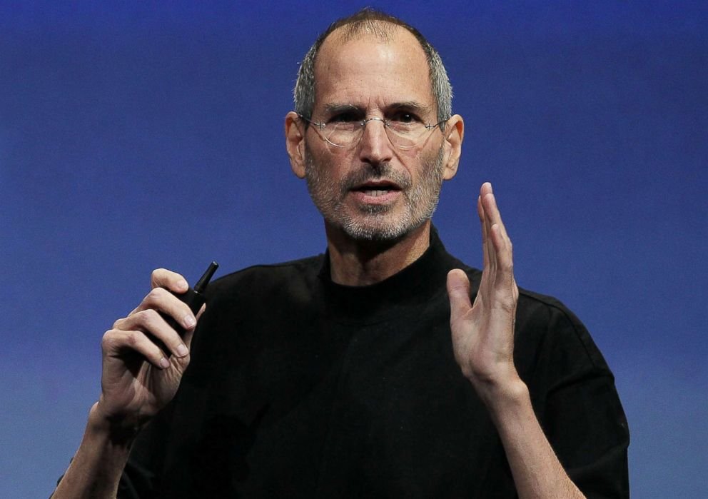 PHOTO: Apple CEO Steve Jobs speaks at a special Apple event in Cupertino, California, April 8, 2010.