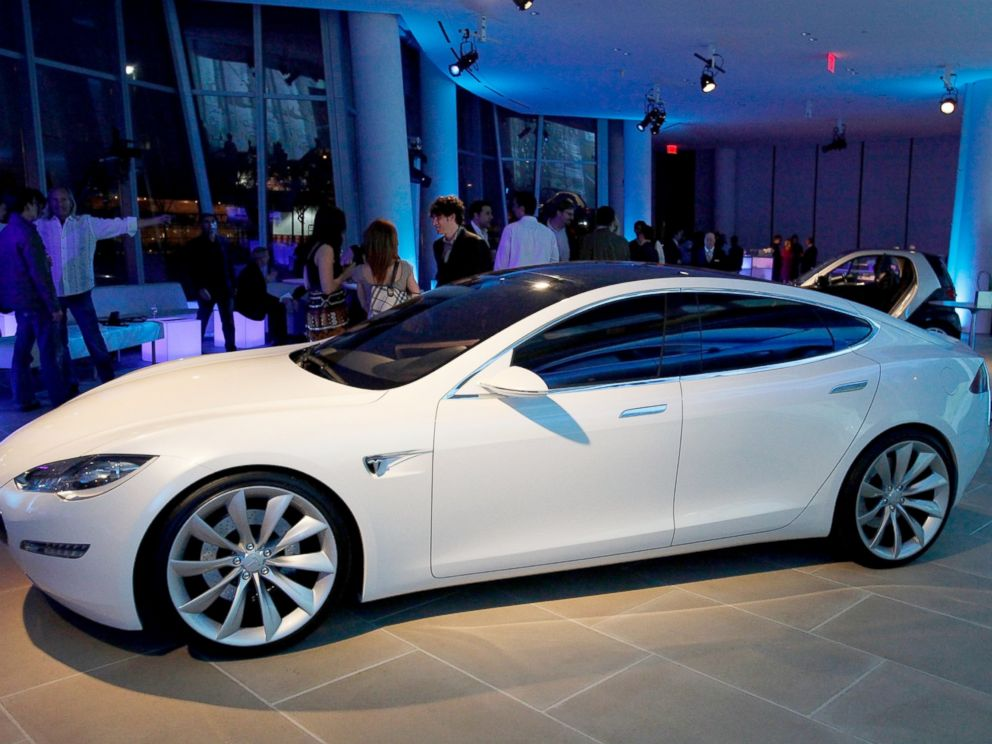 PHOTO: The Tesla S series, April 29, 2009, in New York City.