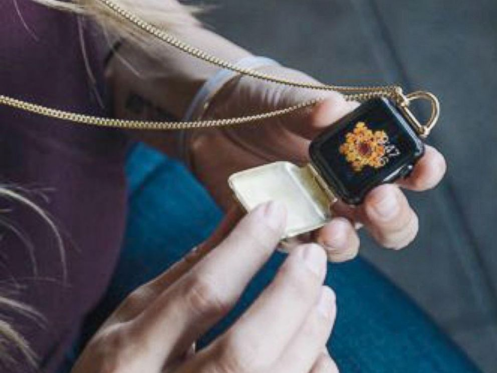 PHOTO: One company has come up with another way to wear your Apple Watch -- and it doesnt involve your wrist.