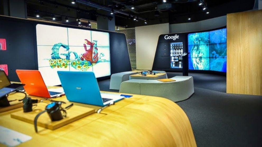 Google has opened its first branded store in London.