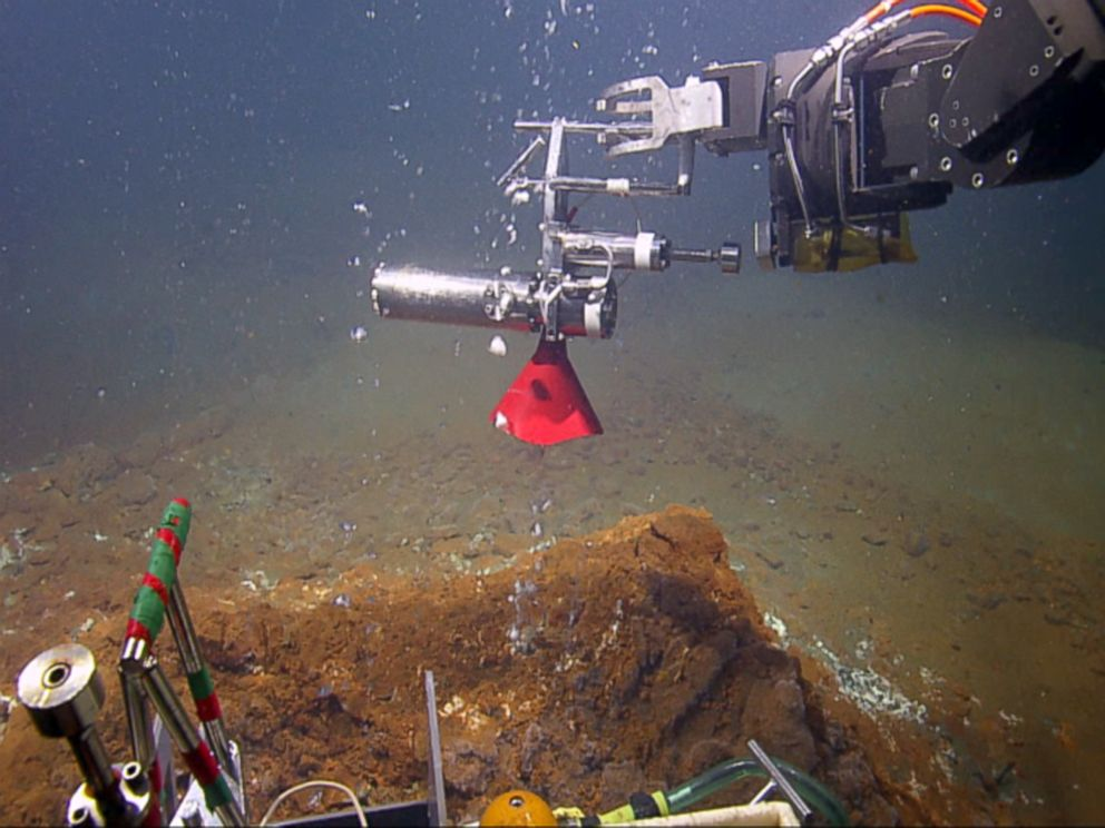 PHOTO: View from Hercules, a 5,000-pound submersible used by Robert Ballard and his team.