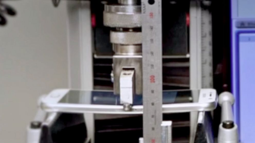"Samsung conducted their own ""bend test"" on the Galaxy S6, in a video they posted to YouTube."