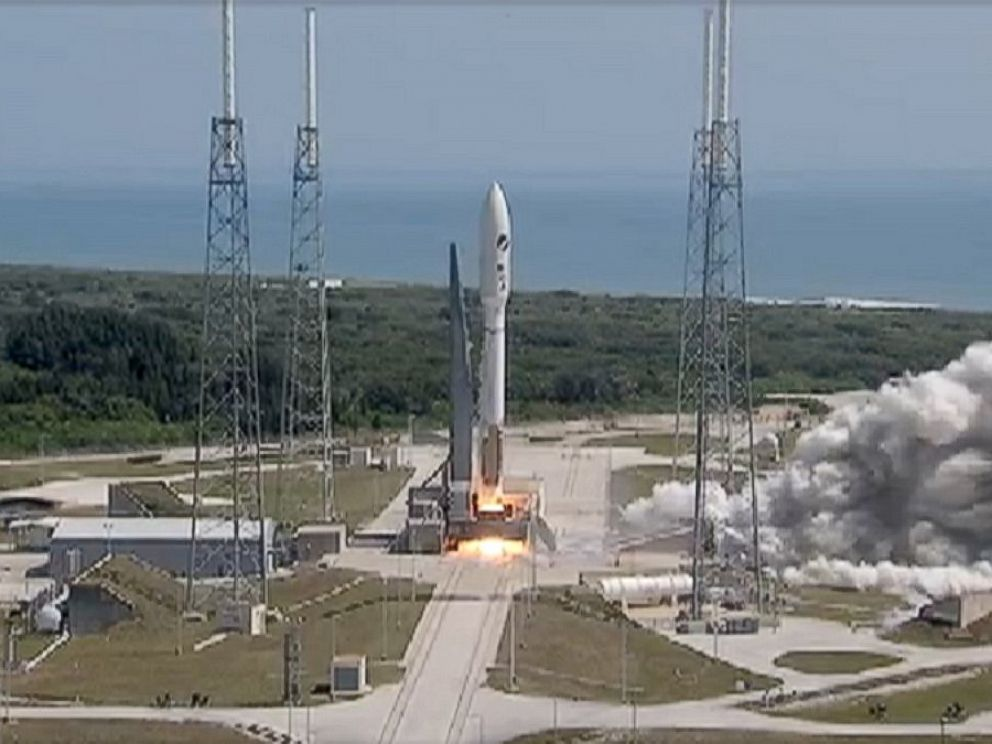 PHOTO: The U.S. Air Forces X37-B space plane launched today from Cape Canaveral in Florida.