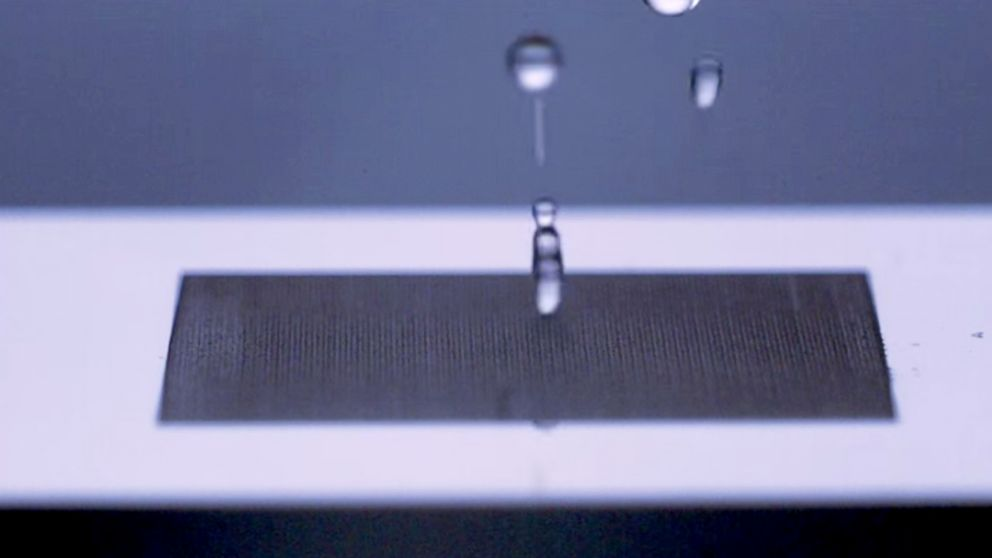 b85802596337 Scientists at the University of Rochester have created a material so water  repellent that liquid drops