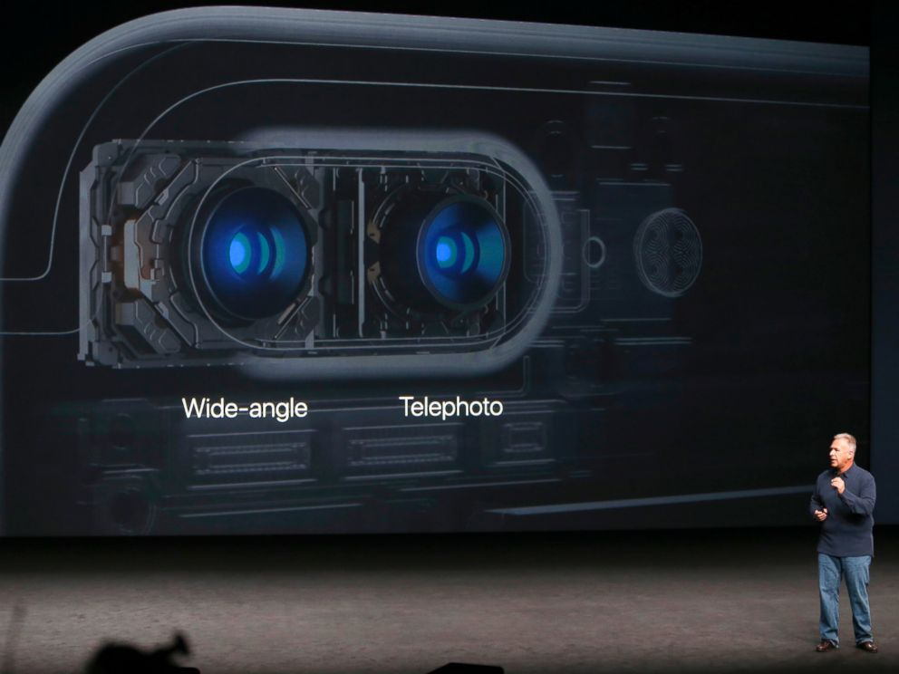 PHOTO: Phil Schiller, Senior Vice President of Worldwide Marketing at Apple Inc, discusses the camera on the iPhone7 during an Apple media event in San Francisco, Sept. 7, 2016.