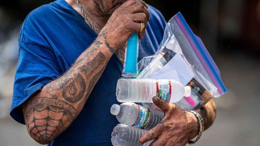 Officials: Northwest heat may have killed 1; ER visits spike