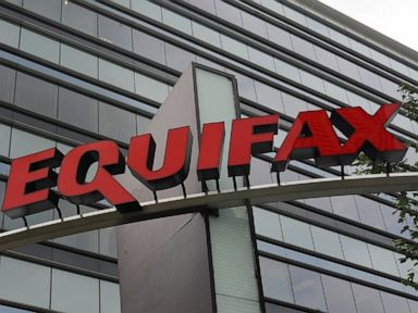 Equifax to pay up to 700M in data breach settlement