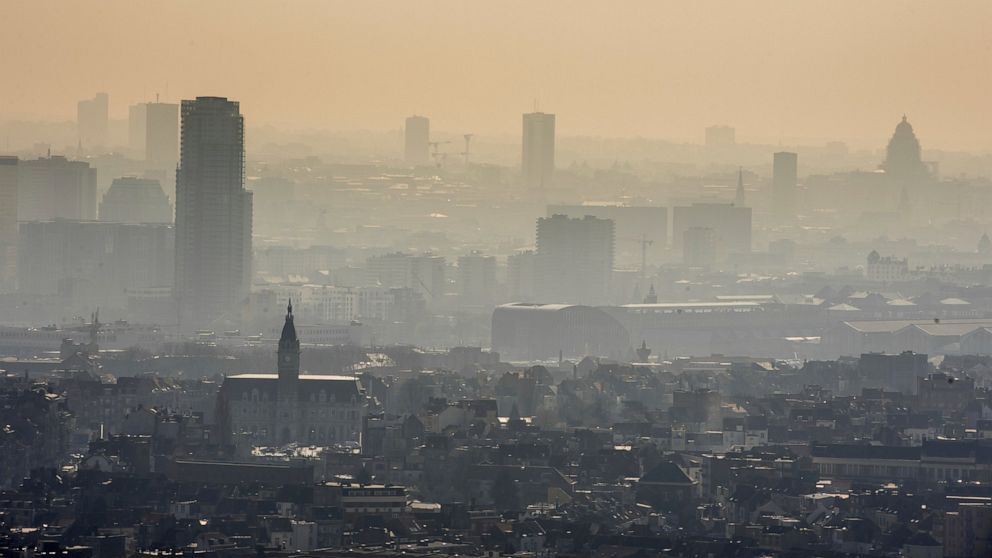UN climate talks aim to pave way for global carbon market