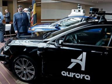 Autonomous car testing plan aims to boost public confidence - Companies  testing autonomous vehicles in Pittsburgh will have to immediately report  crashes ... 8ea7b8eb3c