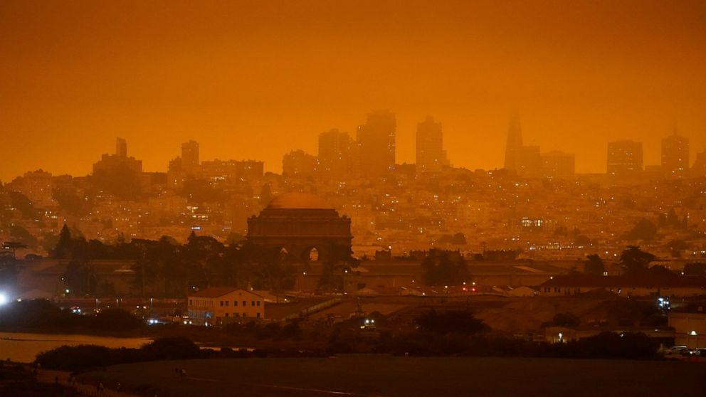 Image of article 'Study: Wildfires produced up to half of pollution in US West'