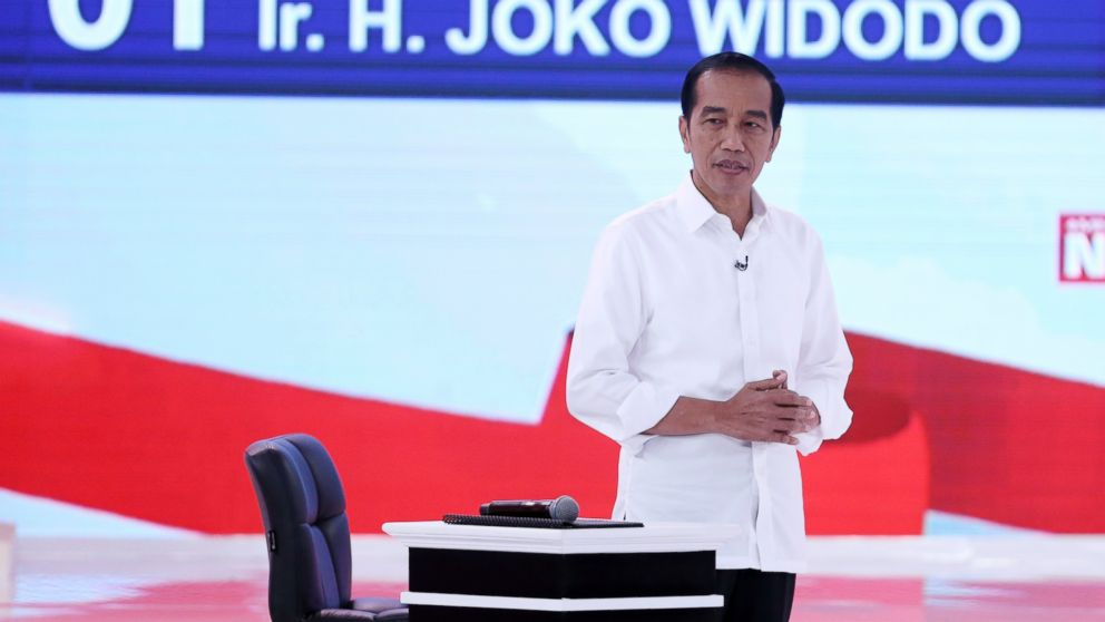 Indonesian presidential candidate Joko Widodo delivers his speech during a televised debate in Jakarta, Indonesia, Sunday, Feb. 17, 2019. Indonesia is gearing up to hold its presidential election on April 17 that will pit in the incumbent against the former general. (AP Photo / Achmad Ibrahim)
