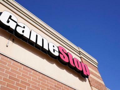 Leadership shakeup continues at GameStop, CEO to depart