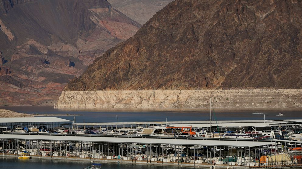US West faces reckoning over water but avoids cuts for now thumbnail