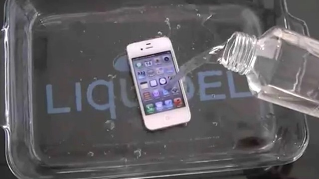 wet phone how to dry out your phone and waterproof it abc news. Black Bedroom Furniture Sets. Home Design Ideas