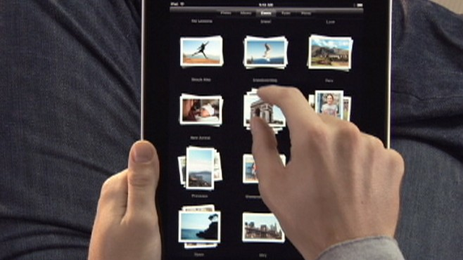 VIDEO: The FCC is asking networks to expand bandwidth to accommodate the iPad.