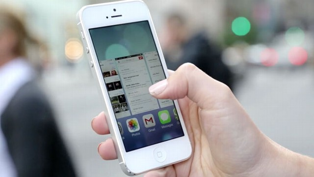 iOS 7 Launches Today: Your iPhone and iPad Are in for a Big Change