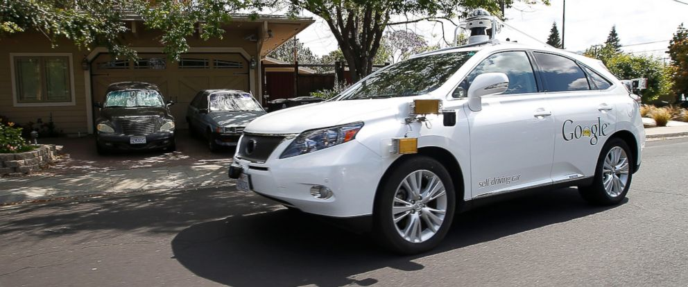 Photo Googles Self Driving Lexus Drives Along Street During A Demonstration At Google Campus