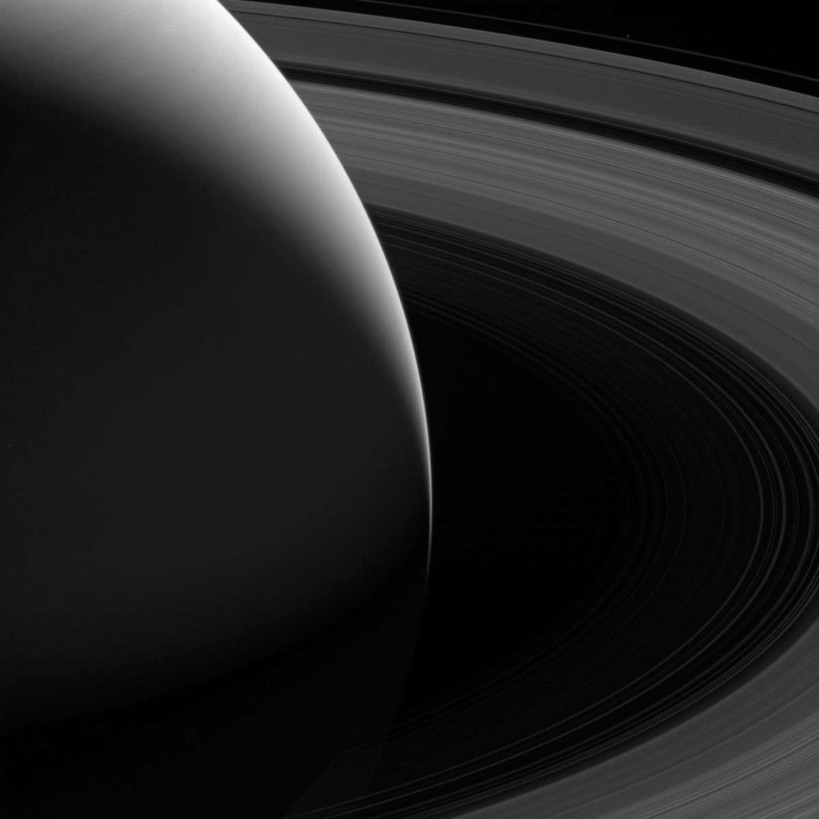 Mind-blowing images of Saturn from the Cassini orbiter