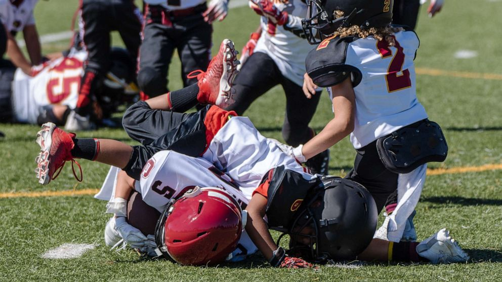 What you should know about the latest research on youth sports and concussions thumbnail