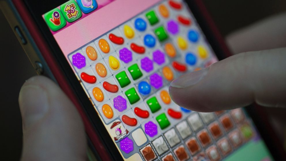 Candy Crush Bender Causes Man To Rupture Tendon In Thumb Abc News