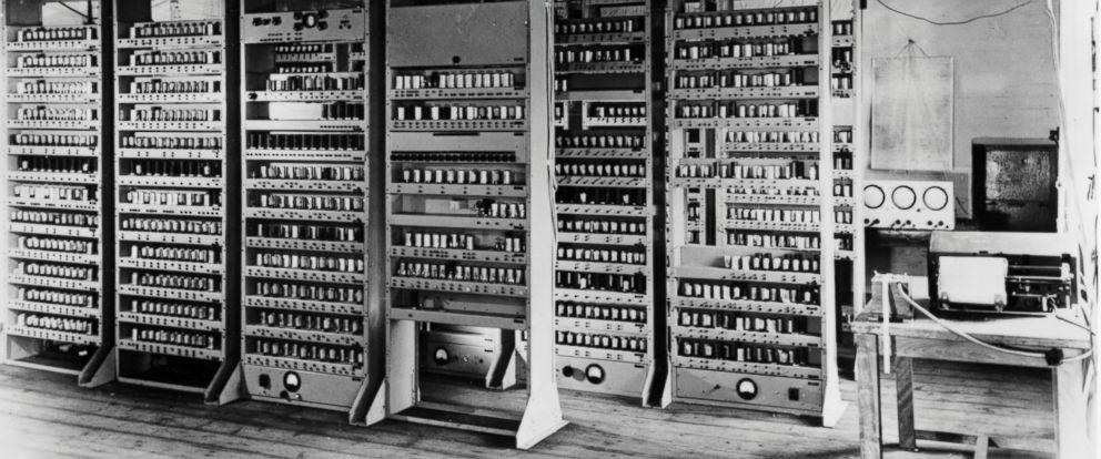 PHOTO: The EDSAC computer (Electronic Delay Storage Automatic Computer) circa 1949.