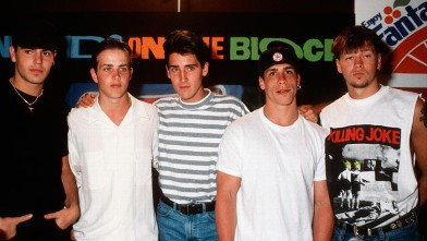 PHOTO: New Kids On The Block group portrait (L to R) Jordan Knight, Joey McIntyre, Jonathan Knight, Danny Wood and Donnie Wahlberg.