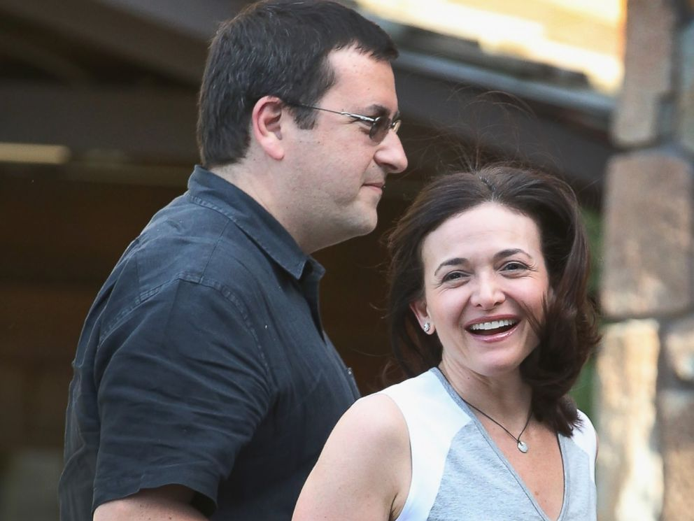 PHOTO: Sheryl Sandberg, Chief Operating Officer of Facebook, and her husband David Goldberg, CEO of SurveyMonkey, arrive for the Allen & Company Sun Valley Conference on July 8, 2014 in Sun Valley, Idaho.