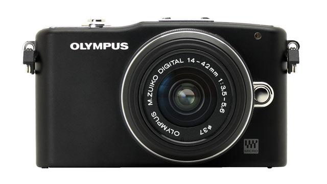 PHOTO:Olympus Pen Mini E-PM1 is shown.