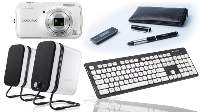 PHOTO:Audyssey Wireless speakers, Nikon Coolpix S800c, IRIS Notes 2 pen and paper and Logitech_Washable_Keyboard