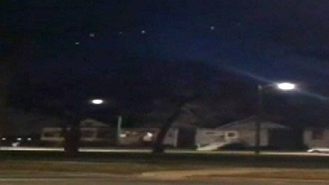 VIDEO: A strange grouping of flashing lights was witnessed in the night sky.