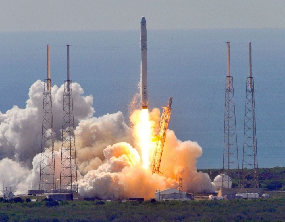 SpaceX not to blame for secret Zuma satellite flop: Sources - ABC News