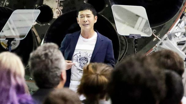 Japanese billionaire Yusaku Maezawa pens most retweeted post of all time after offering cash to random Twitter users