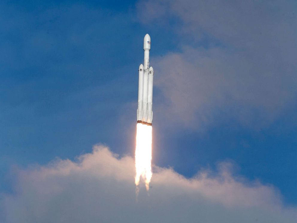 PHOTO: A SpaceX Falcon Heavy rocket lifts off from historic launch pad 39-A at the Kennedy Space Center in Cape Canaveral, Fla., Feb. 6, 2018.