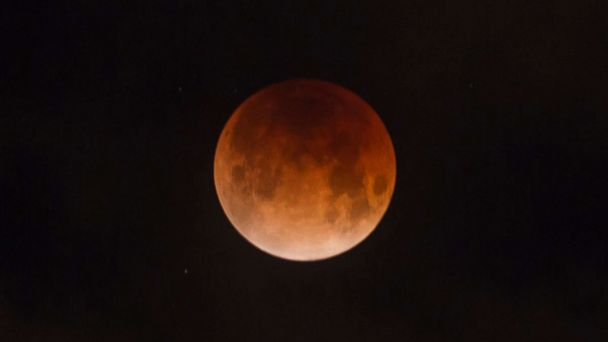 https://s.abcnews.com/images/Technology/super-blood-moon-file-gty-jef-190104_hpMain_16x9_608.jpg